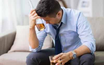 Picie drogiego alkoholu niczym nie różni się od picia taniego piwa, czyli o tym, że jakość alkoholu nie ma wpływu na rozwój nałogu